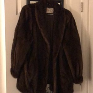 Authentic hand sewn, beautiful mink coat. Vintage!